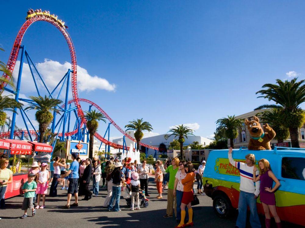 Gold Coast Theme Parks | Carmel By The Sea | Broadbeach Accommodation